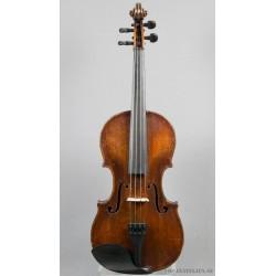 Violin med svårläst etikett