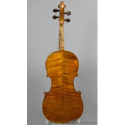 Violin byggd av T. J. Holder Luthier Paris