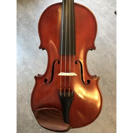 Violin byggd av Paul Blanchard 1886 Nr 134