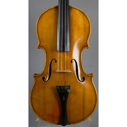 Violin med etikett: Leandro Bisiach Cremona 1919.
